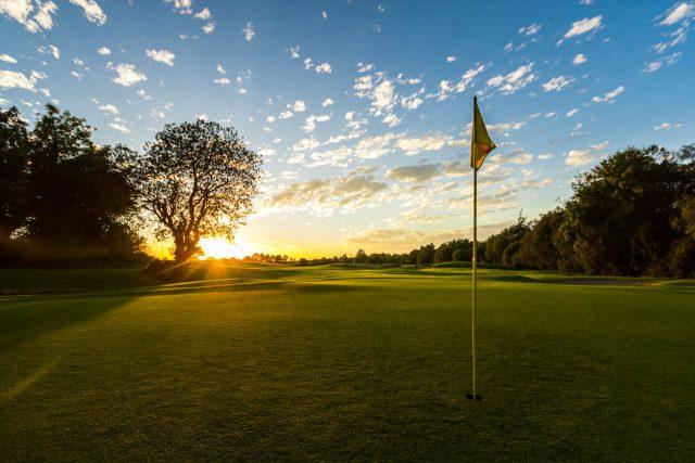 ゴルフは一生のつながりです!